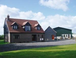Hedsor-Billinghurst-House-300x230